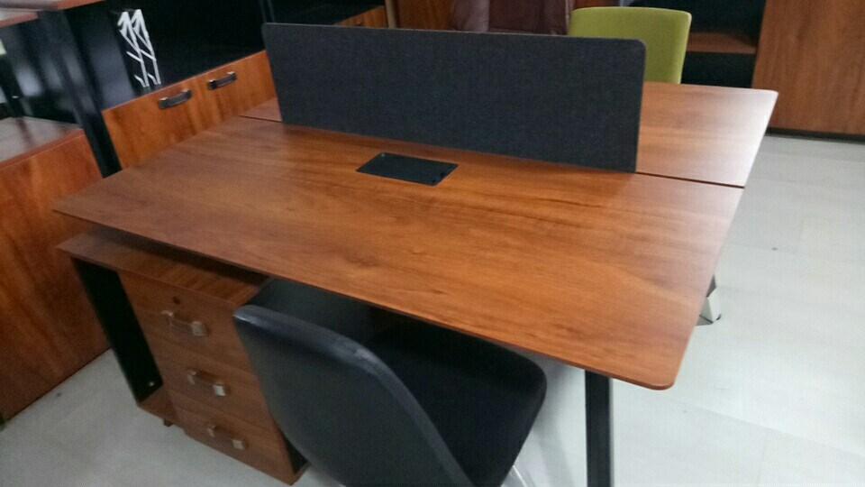 班台沙发屏风办公桌系列